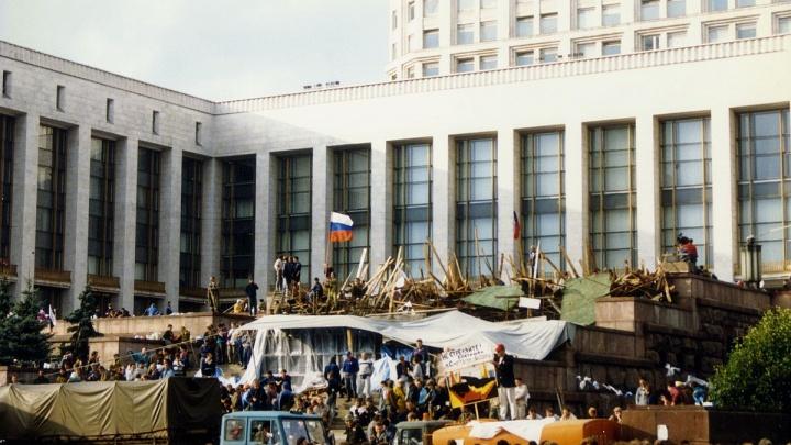«А если заставят стрелять в людей?» Воспоминания ростовского диссидента Абанькина о путче 1991-го