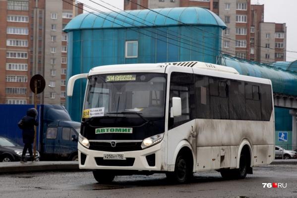 Зимой на пригородных автобусный маршрутах резко сокращается пассажиропоток
