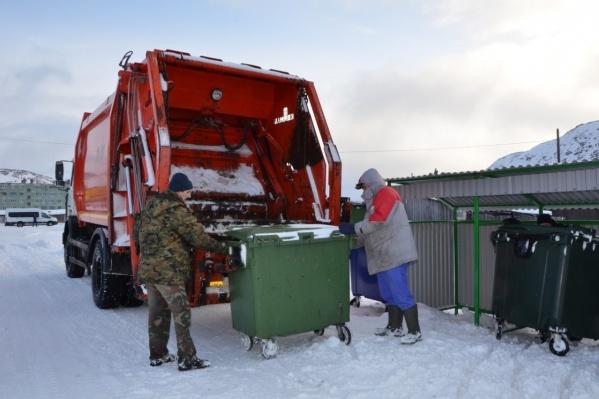 Вывоз мусора зимой могут задержать не более чем на 48 часов