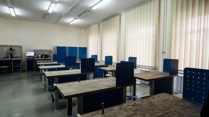 Четырем школам Новосибирска пригрозили терактом как в Казани — им на почту пришли пугающие письма