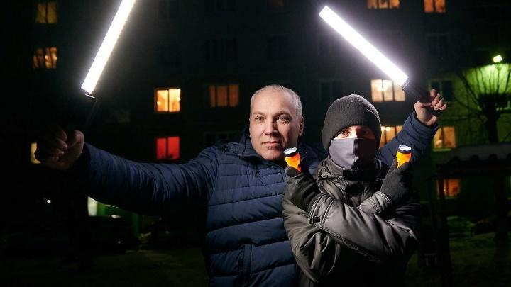 «Сейчас нас скрутят и из школы исключат»: как в Омске прошла акция штаба Навального