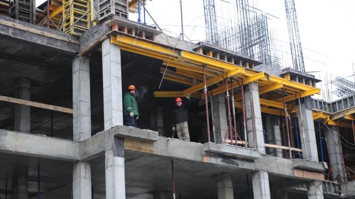 Квартиры набили цену: в Екатеринбурге стоимость квадратного метра в новостройках обновила годовой рекорд