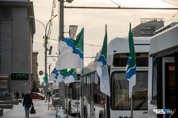 15 новых автобусов выходят на проблемные маршруты