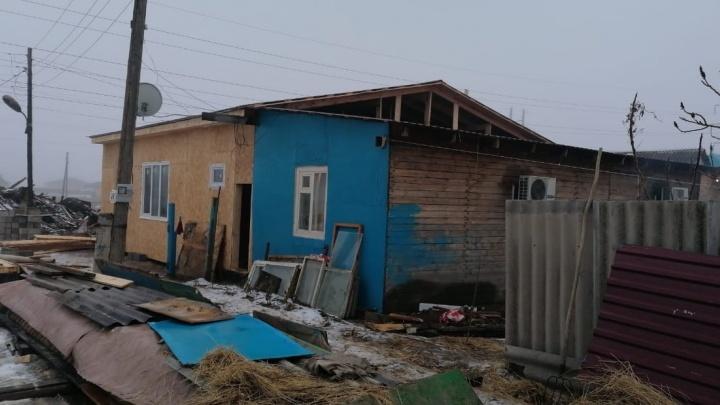 «Люди помогали вещами и даже стройматериалами»: многодетная семья из Краснослободска отстроила новый дом на месте пепелища