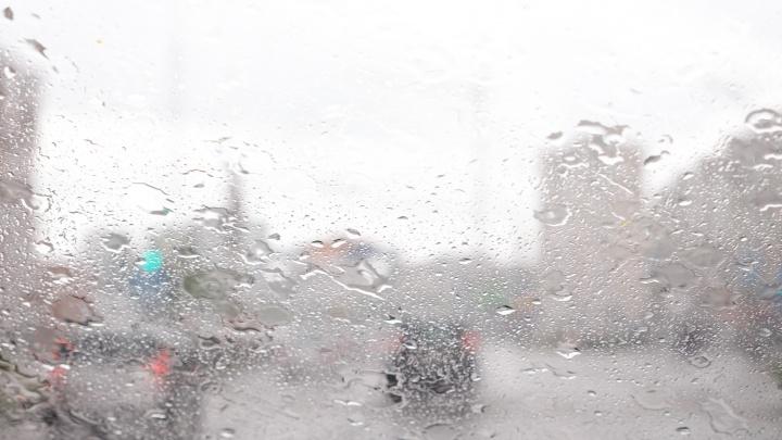 МЧС предупреждает жителей Прикамья о сильных дождях на востоке края