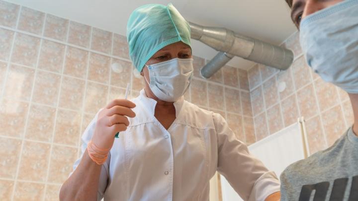 В Перми открылся новый пункт вакцинации — на автовокзале. Рассказываем, как будут работать он и остальные