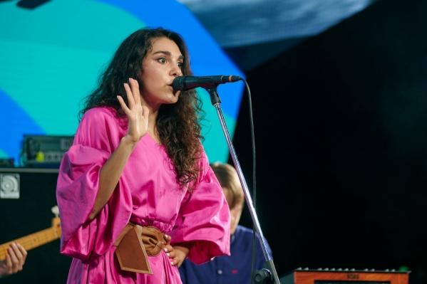 Вера Мусаелян заявила, что причиной отмены концертов стала оппозиционная деятельность мужа