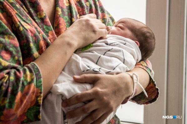 Мальчик появился на свет на 44-й неделе беременности