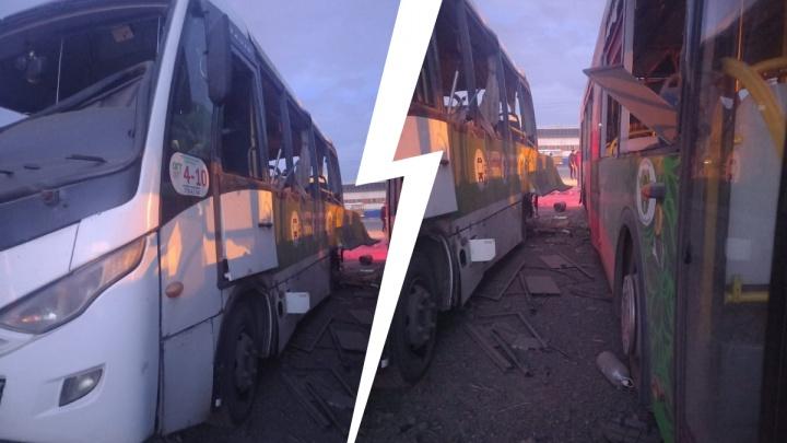 «Куда смотрит начальство?»: на транспортной базе в Челябинске разнесло два рейсовых автобуса