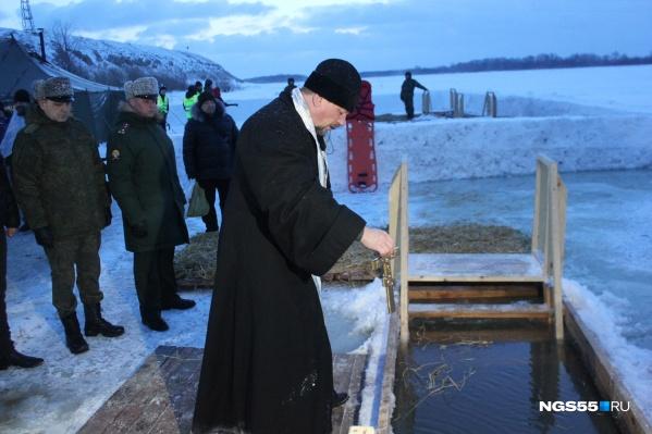 Представители духовенства будут освящать все купели в районах