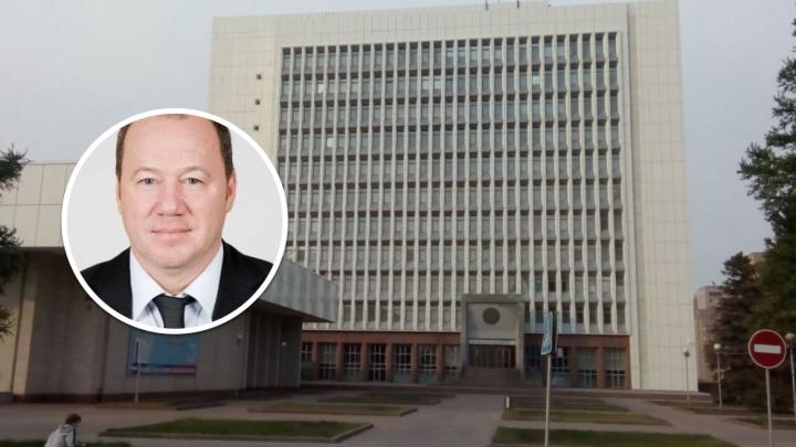 Силовики пришли к депутату Заксобрания Новосибирской области