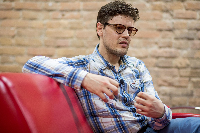 Василий снимает фильмы про изменения в Красноярске
