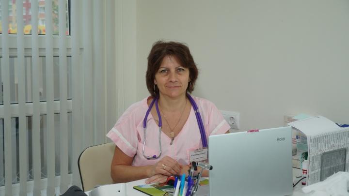 «Эта работа не из легких»: терапевт нижегородской клиники рассказала, чего сейчас ждут от врачей