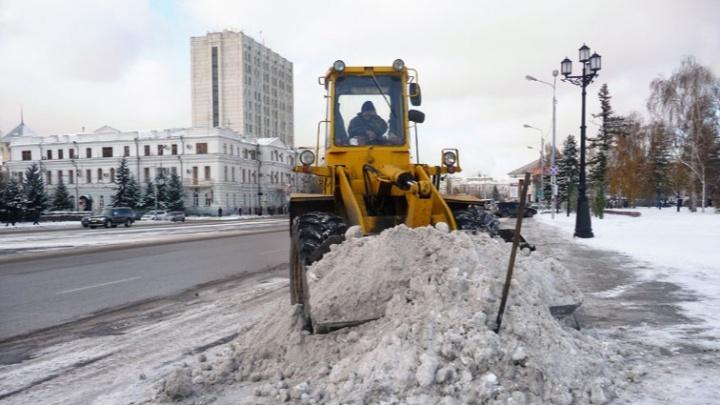 Мэрия Омска выделила 14 миллионов рублей на реагенты против гололеда