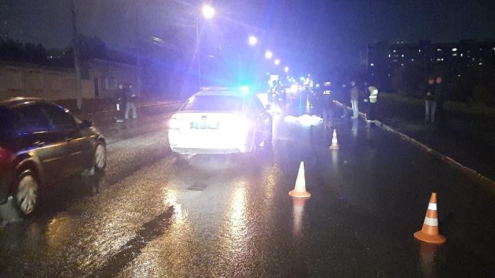 На Немировича-Данченко насмерть сбили пешехода — водитель скрылся с места ДТП