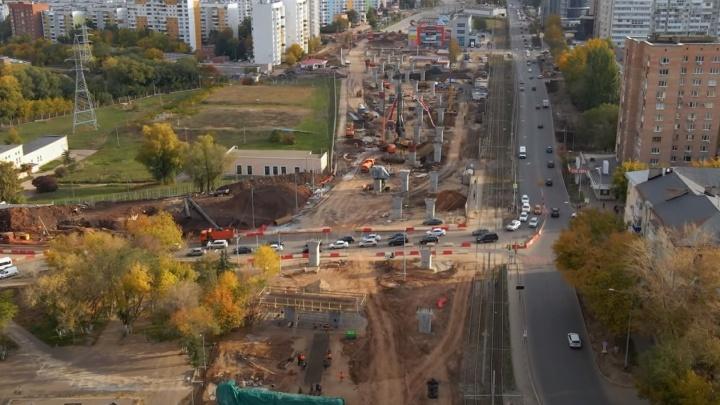 Коллапс на 2 года: самарец показал движение по Ново-Садовой после перекрытия