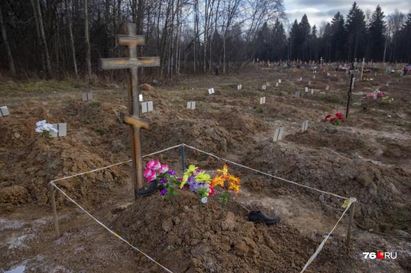По версии антимонопольщиков, городские компании хотели единолично зарабатывать на услуге копки могил