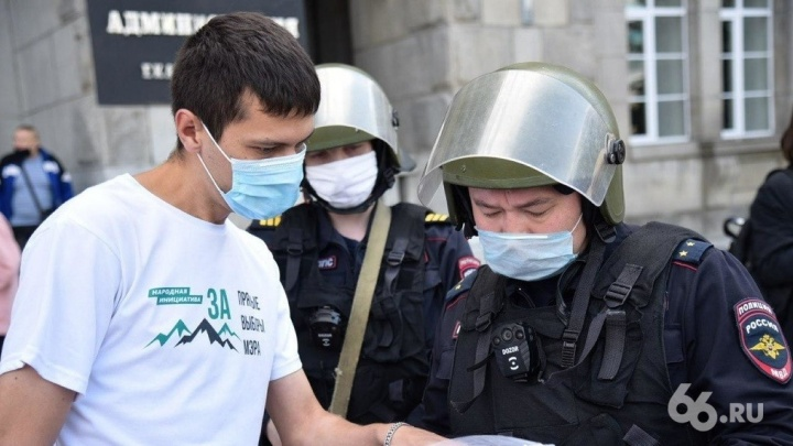 «Дозвониться в больницу невозможно»: екатеринбургский политик пролетает мимо выборов из-за COVID-19