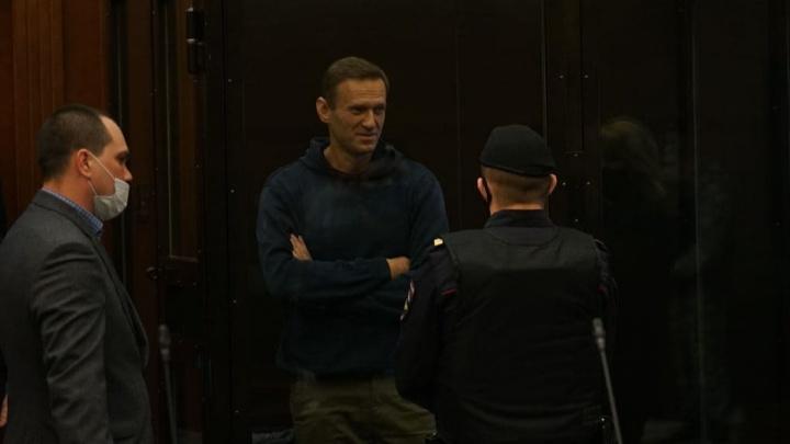 «Приговор приведет к еще большей уличной активности». Уральские политологи — о реальном сроке для Навального