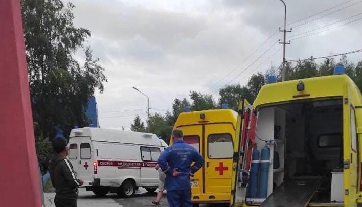 Трое подростков попали в реанимацию тобольской больницы после отравления таблетками