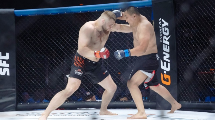 В Омске прошел турнир Шлеменко по ММА. Спортсмены «Шторма» выиграли 4 боя из 5