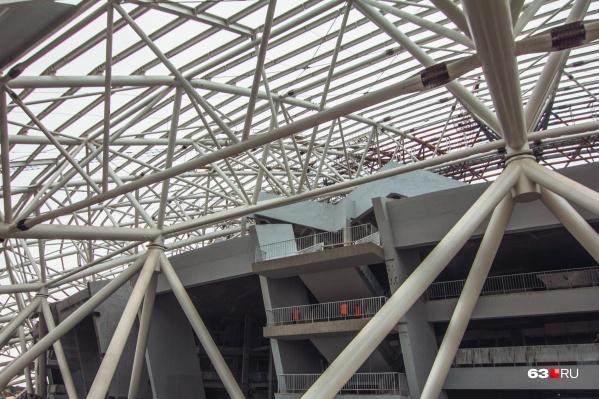 Архивное фото: «Самара Арена» вся состоит из таких же конструкций, на одной их которых и произошел разрыв шва