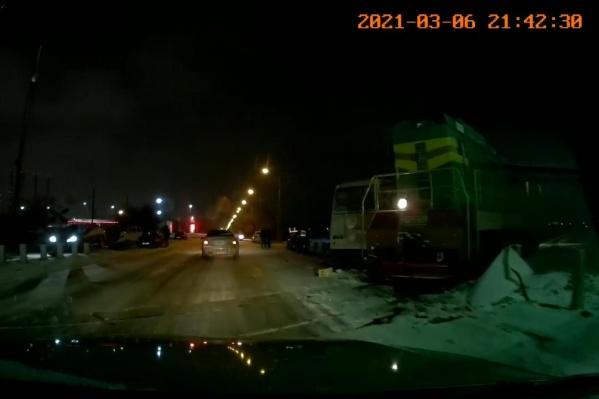 Пострадавшего водителя доставили в медучреждение