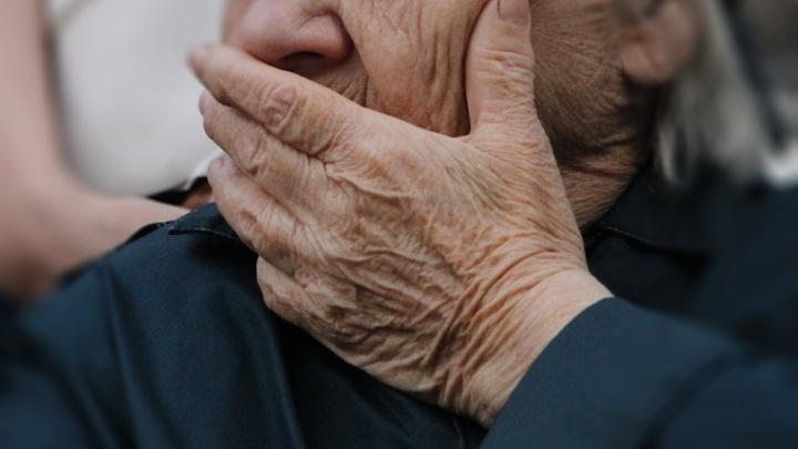 Как распознать деменцию и что делать с диагнозом: памятка для родственников