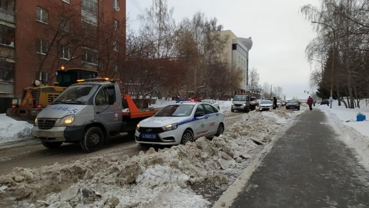 В Екатеринбурге началась массовая облава на автохамов