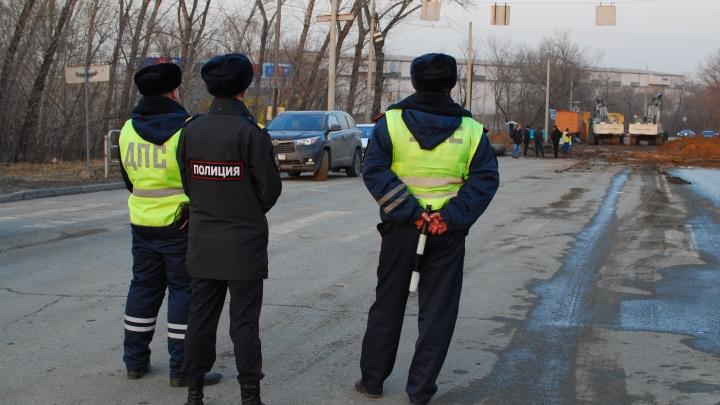 Возле «провальной» десятиэтажки в Челябинске дополнительно перекрыли проезд