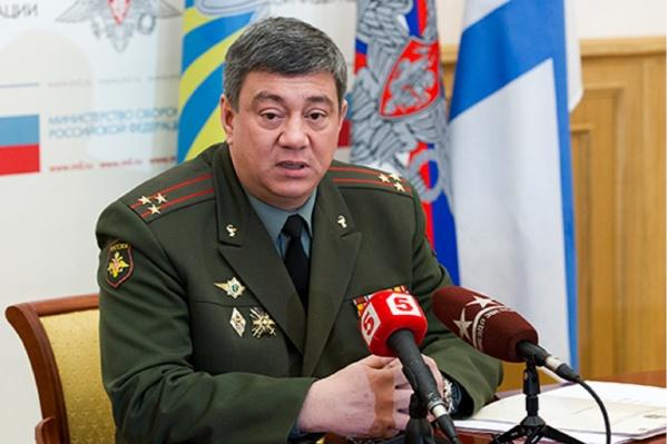 Анатолий Калмыков ранее былруководителем медицинской службы Центрального военного округа