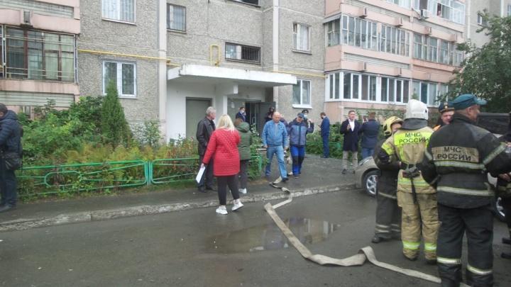 Дом на Уралмаше, где случился взрыв, газовики в последний раз проверяли в прошлом году