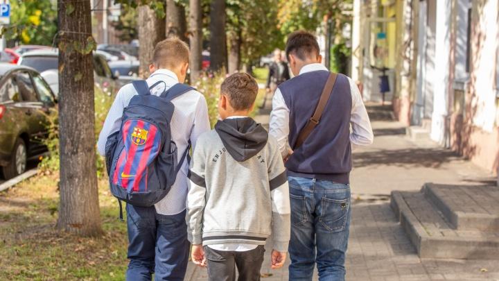 С зарплатой до 15 тысяч рублей: опубликовали список вакансий для подростков на лето в Ярославле