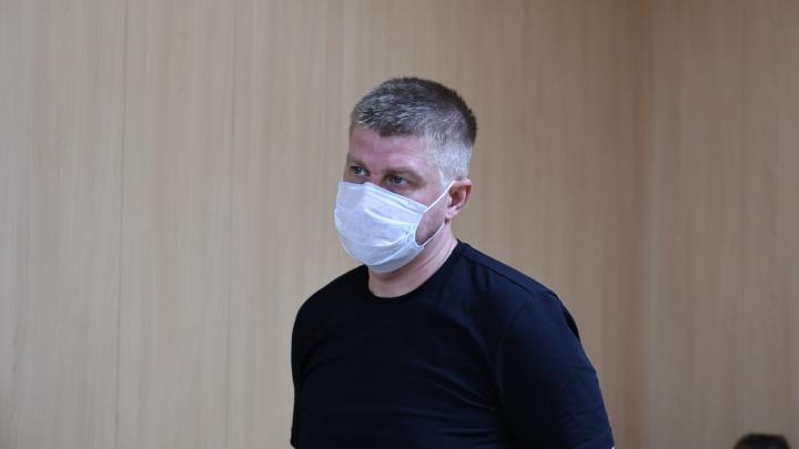 В Челябинске начался суд над водителем Volkswagen, пытавшимся оправдать смертельное ДТП эпилепсией