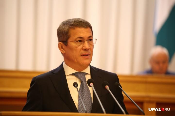 Радий Хабиров пересмотрит ограничения по COVID-19 в Башкирии