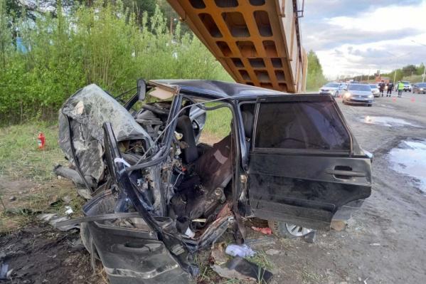 У водителя автомобиля не было шансов выжить при таком сильном ударе