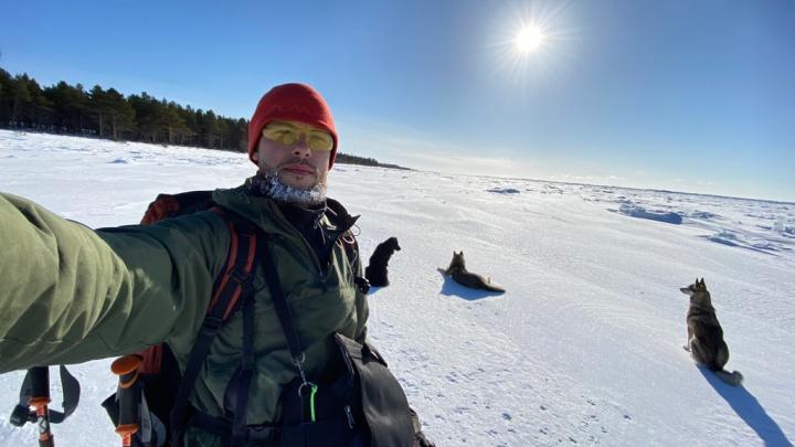 """«Где ничего не ждал, получал """"Вау""""»: северодвинец за 20дней пришел на лыжах из Онеги в Северодвинск"""