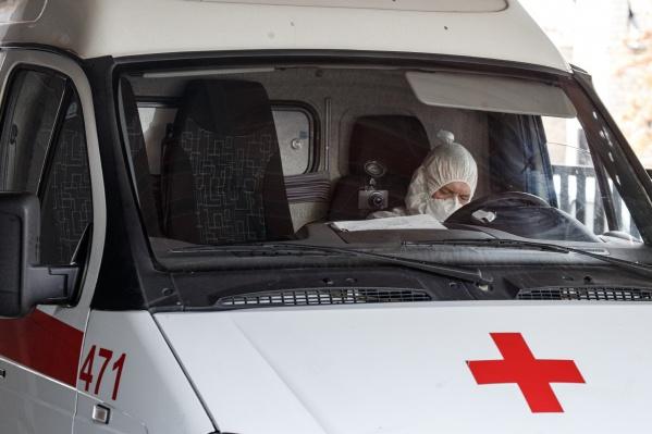 С каждым днем все больше челябинцев испытывают проблемы при вызове скорой помощи