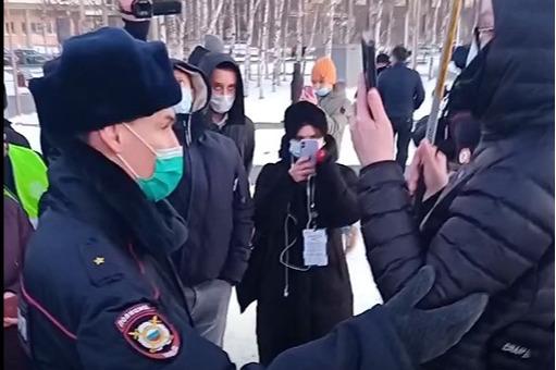 Официально: в ХМАО вышли протестовать 46человек. Откуда такие цифры, рассказал источник 86.RU