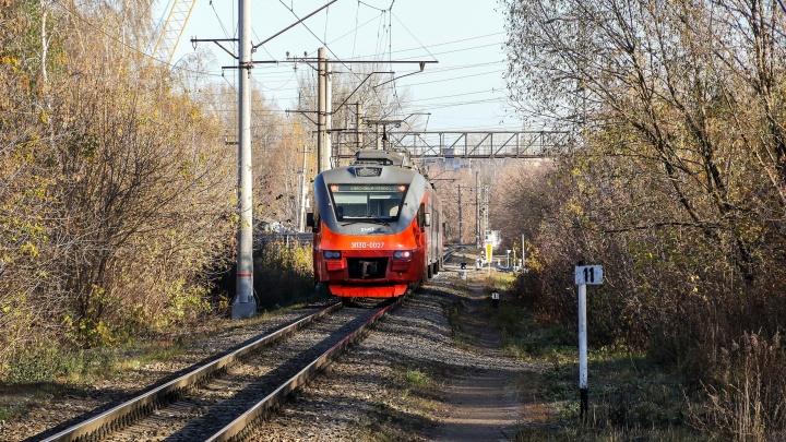 Тараном на вагон. Более 4 млн рублей заплатили нижегородцы за ДТП с поездами