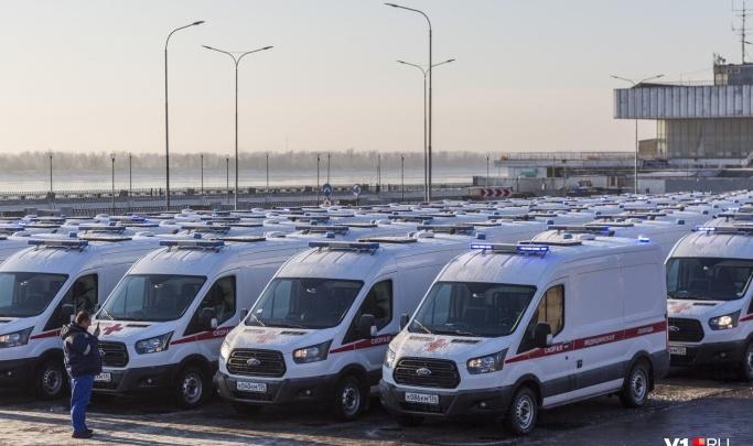 «Медпомощь разве может оказываться в машино-часах?»: смотрим, кто и как зарабатывает на скорой помощи Волгограда