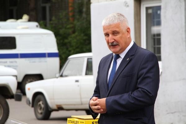 Денис Добряков снова стал мэром