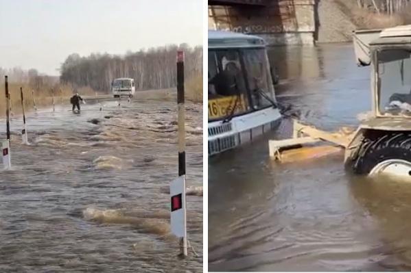 В одном из поселков приезжие не могут вернуться домой — дорога затоплена