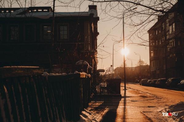 О планах сделать улицу Дзержинского пешеходный власти объявили пару лет назад. В ближайшие годы начнется активная работа в этом направлении