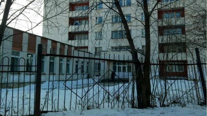 Студентам Уфимского машиностроительного колледжа запретили покидать общежитие на выходных