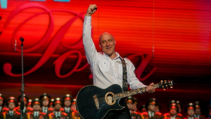 Ушел по холодку: в Уфе из-за морозов перенесли патриотический концерт Дениса Майданова