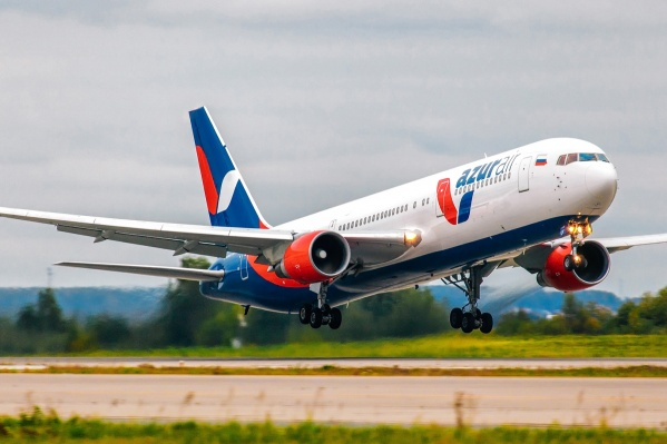 Лайнер авиакомпании Azur Air летел из Антальи в Челябинск
