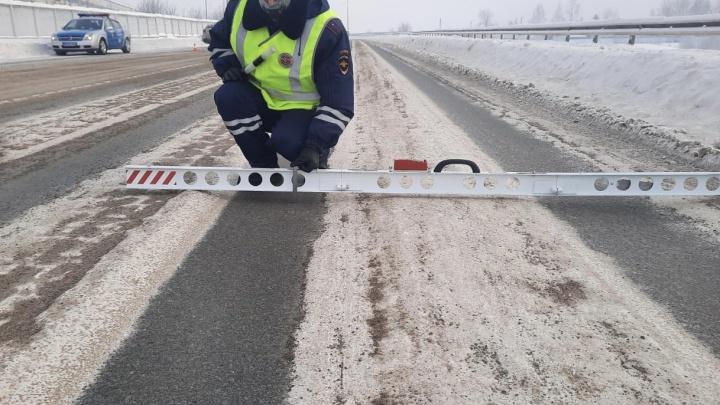 ГИБДД: большинство аварий с пострадавшими в Красноярске произошло из-за нечищеных дорог