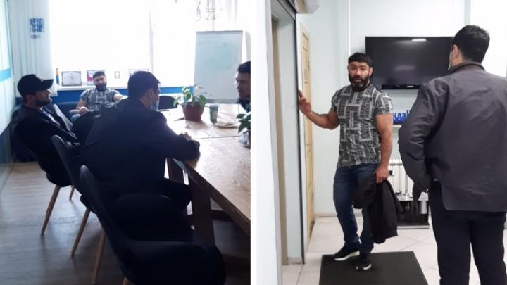«Как ты дальше жить будешь?» Трое мужчин устроили разборки в редакции НГС из-за публикации о долгах бизнес-леди