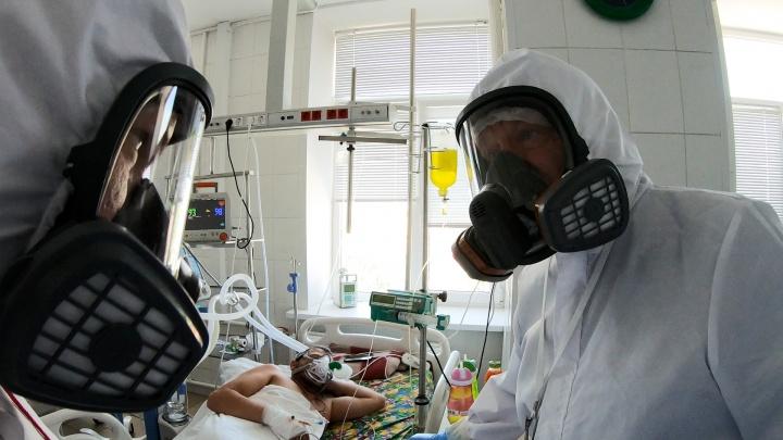 «Вирус стал агрессивнее»: в Волгоградской области в два раза вырос недельный прирост по заболевшим
